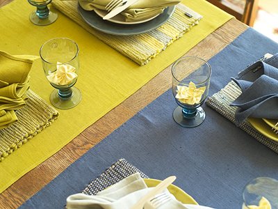 Lara Runners, Placemats & Napkins Blue, Citrine, Silver