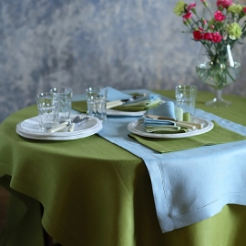 Tablecloth Rainforest green Linen Emilia