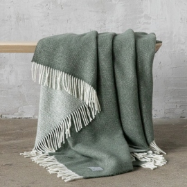 Moss Green Wool Throw Roberto