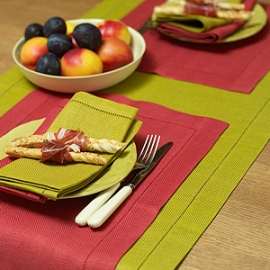 Emilia Runner Citrine, Placemat Red & Napkins Citirine and Orange