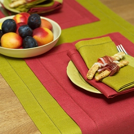 Emilia Citrine Runner Red Placemat and Napkins Citrine & Red