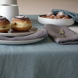 Lara Collection: Tablecloth Cream, Runner and Napkins Lake Blue, Napkins Dusty Lilac