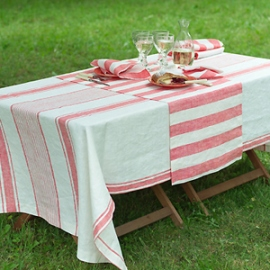 Philippe Runner, Napkins and Tuscany Tablecloth Red