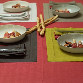 Emilia Blood Orange Tablecloth & Placemats