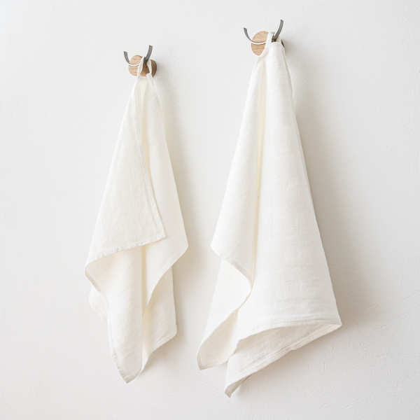 White linen hand and guest towels lucas linenme for How to keep white towels white