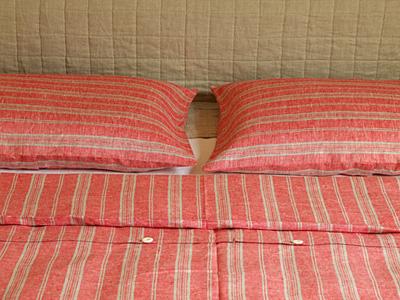 Linen bed sets