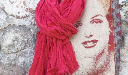 red-linen-scarf