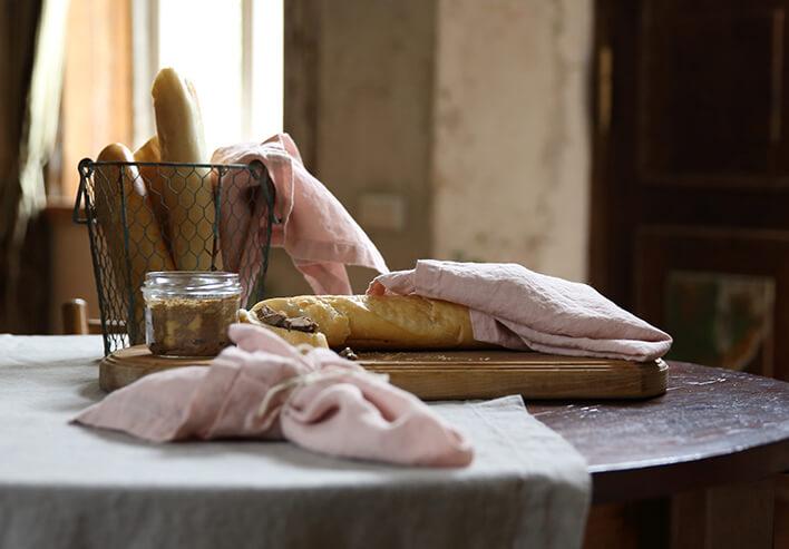 Steingewaschene Tischwäsche