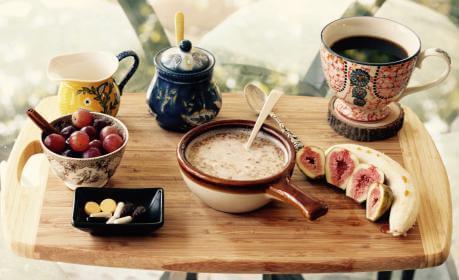 In Praise Of Best Breakfast In Bed Linenme News