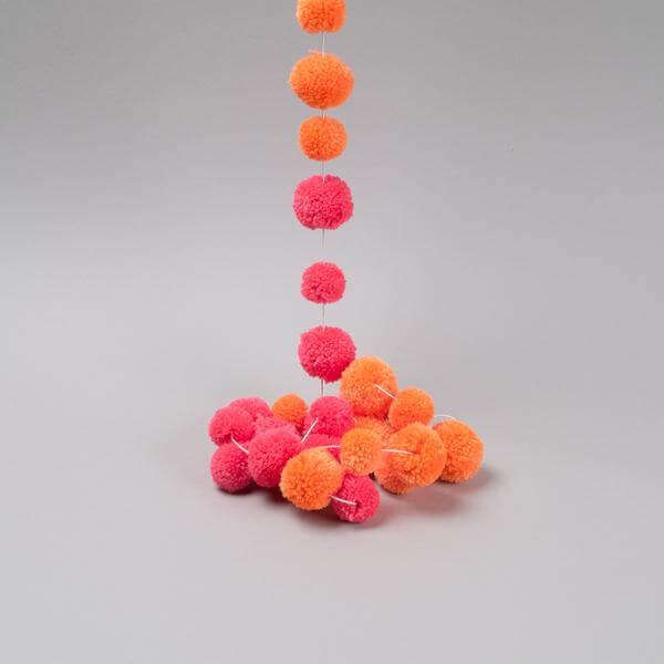 fuchsia pink pompom garland