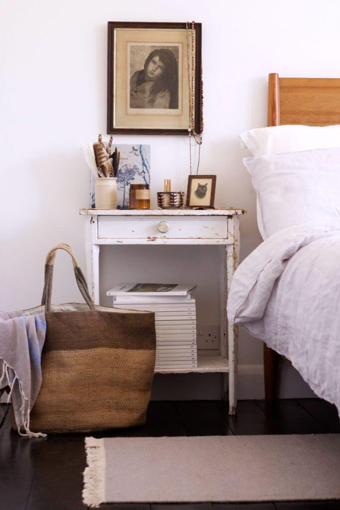 Nightstand Bedside Table