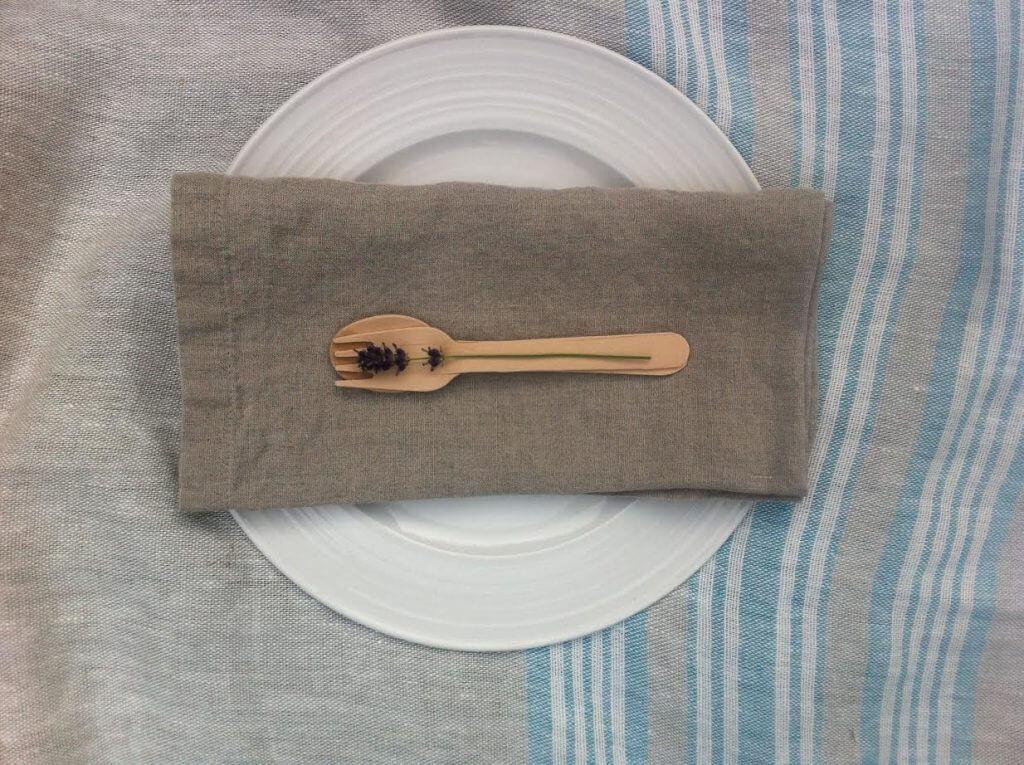 linen-napkin-bamboo-cutlery
