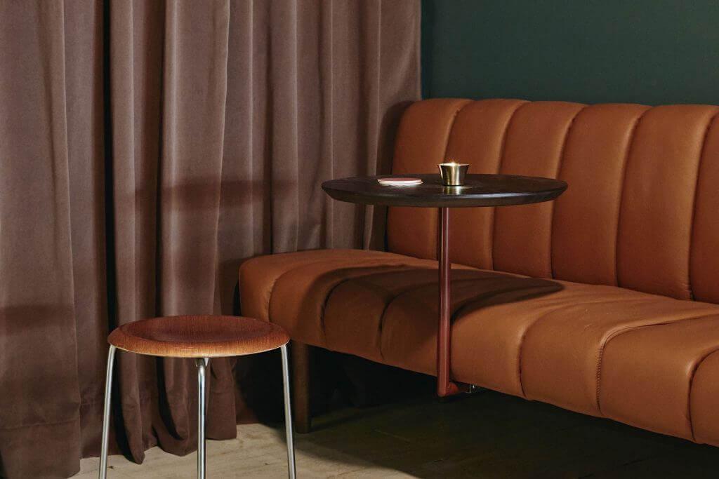 1970s interior design trend in 2018