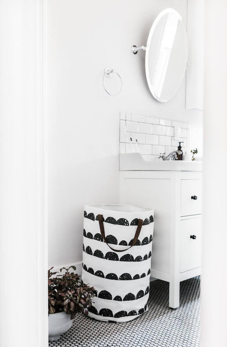linen towels for bathroom refresh - LinenMe
