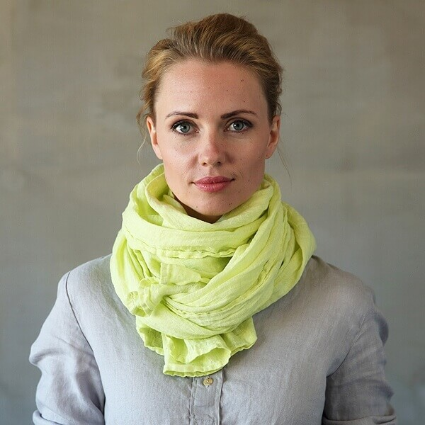 travel essentials linen scarf