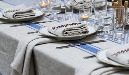 linen tablecloth dinner