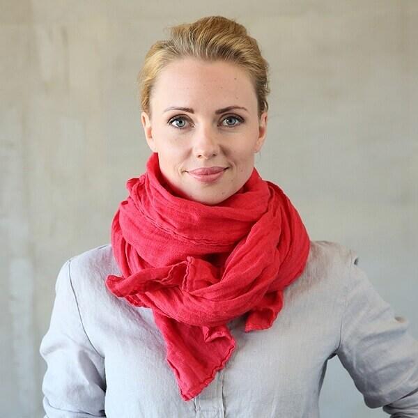 Linen scarf - Minimalist Dressing