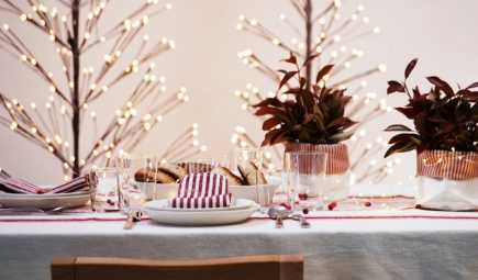 linen tablecloth christmas