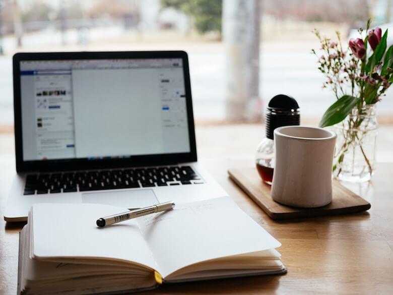 interior design blog - Love to Read