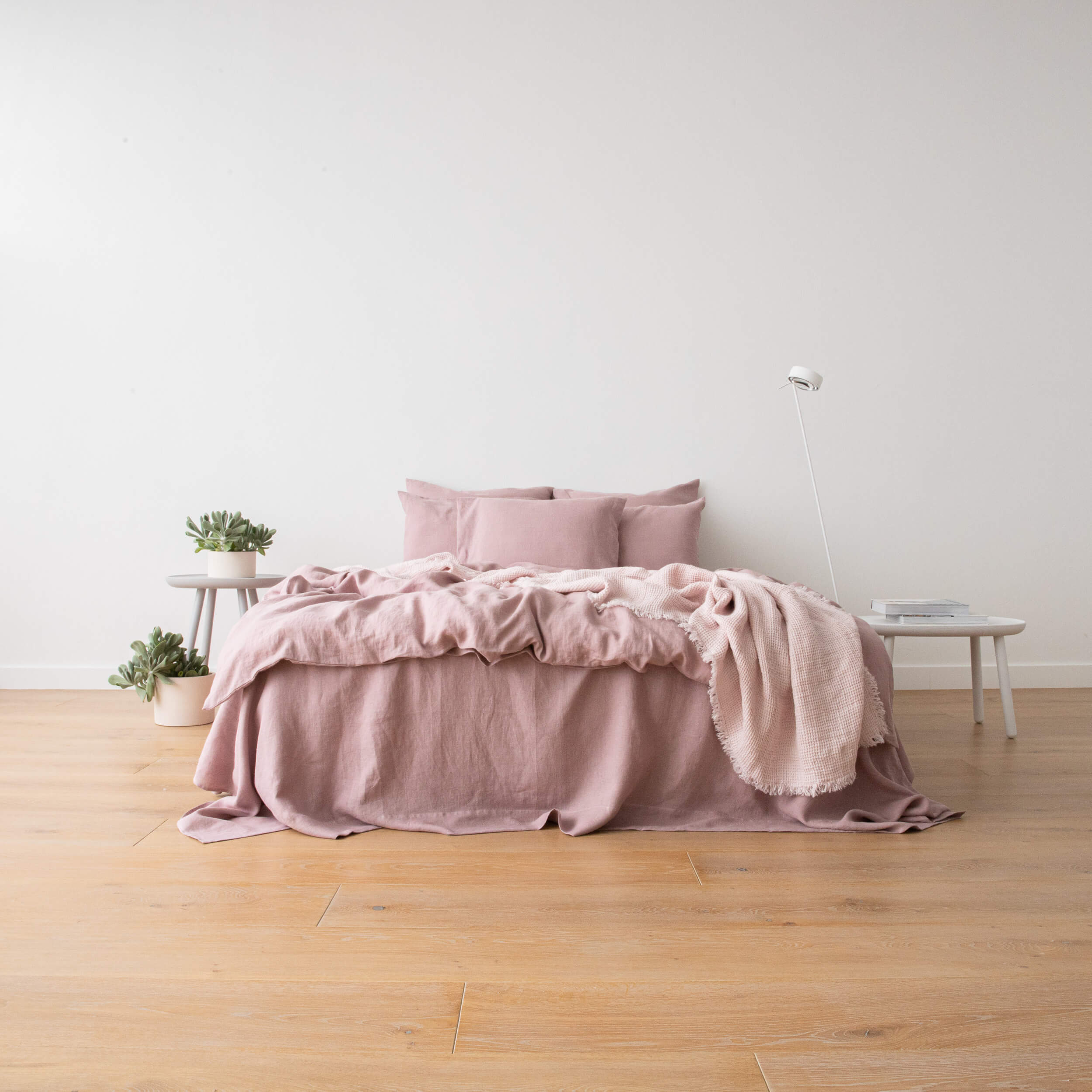 10 Reasons To Love Linen Bedding Bed Linen Linenme News