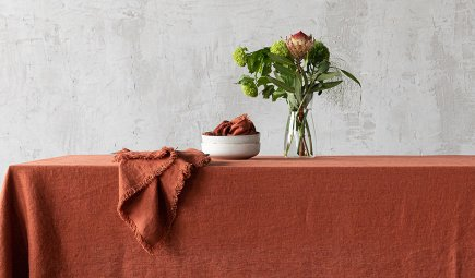Table-Linen-Brick